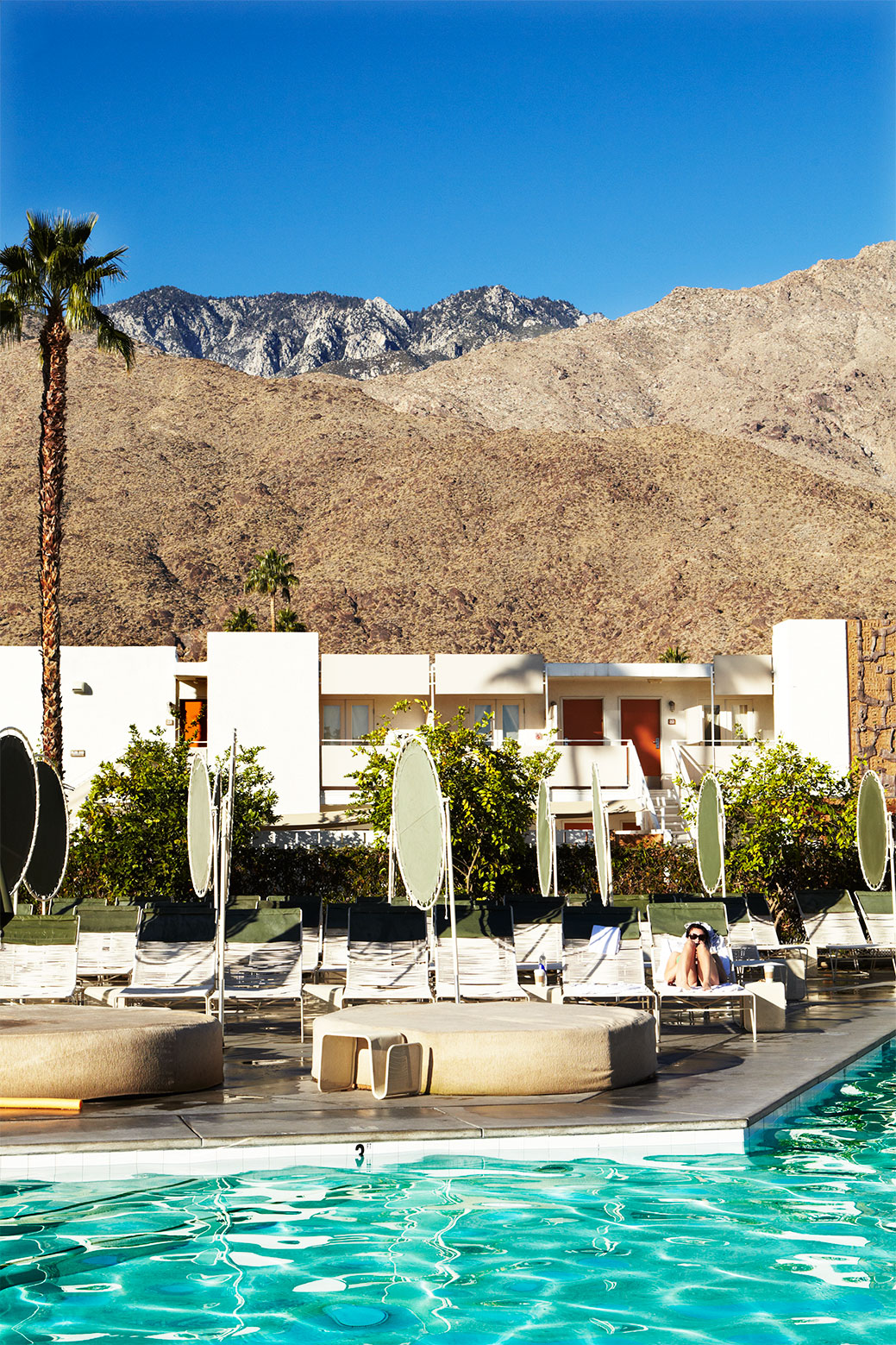 Ace-Hotel_Swimming-pool_Palm-Springs