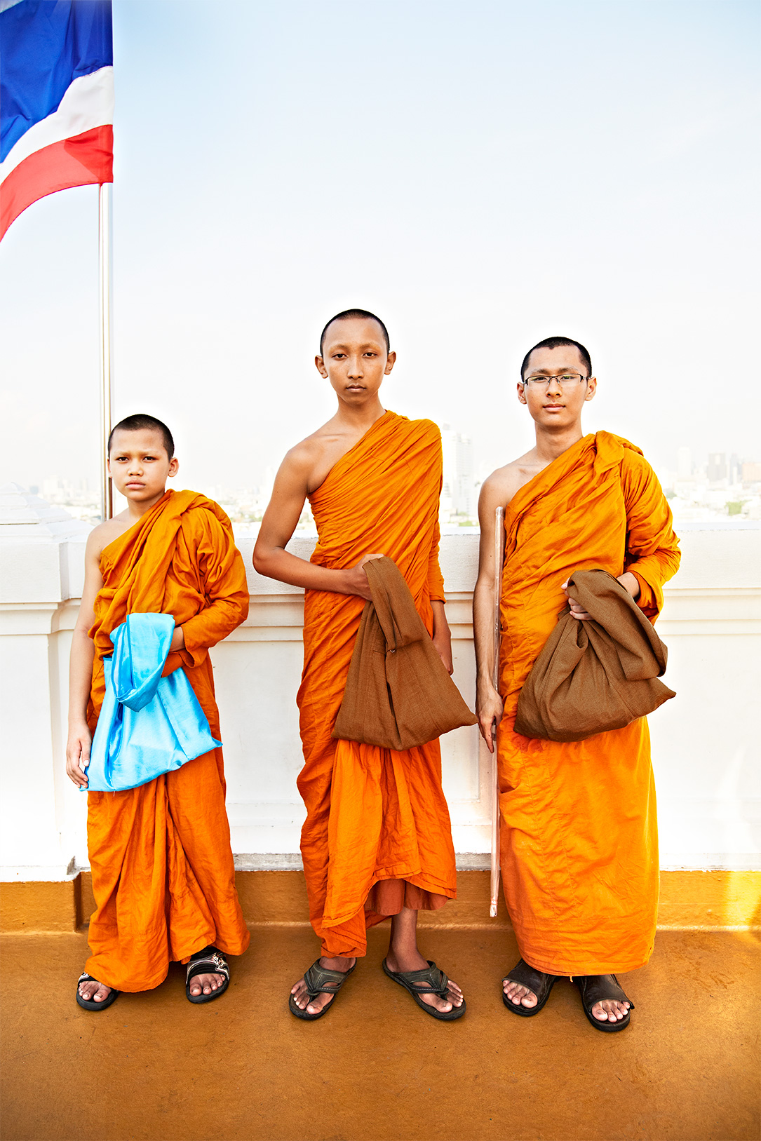 Bangkok_Thailand_Monks
