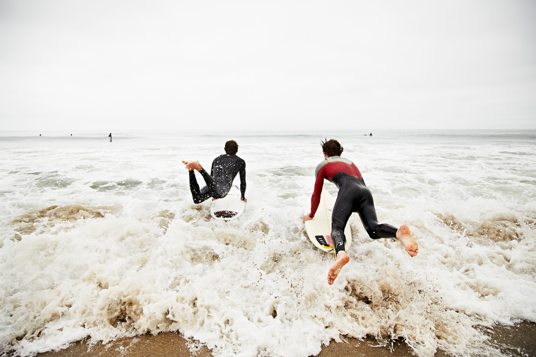 Surfers_Paddling-out_Malibu_